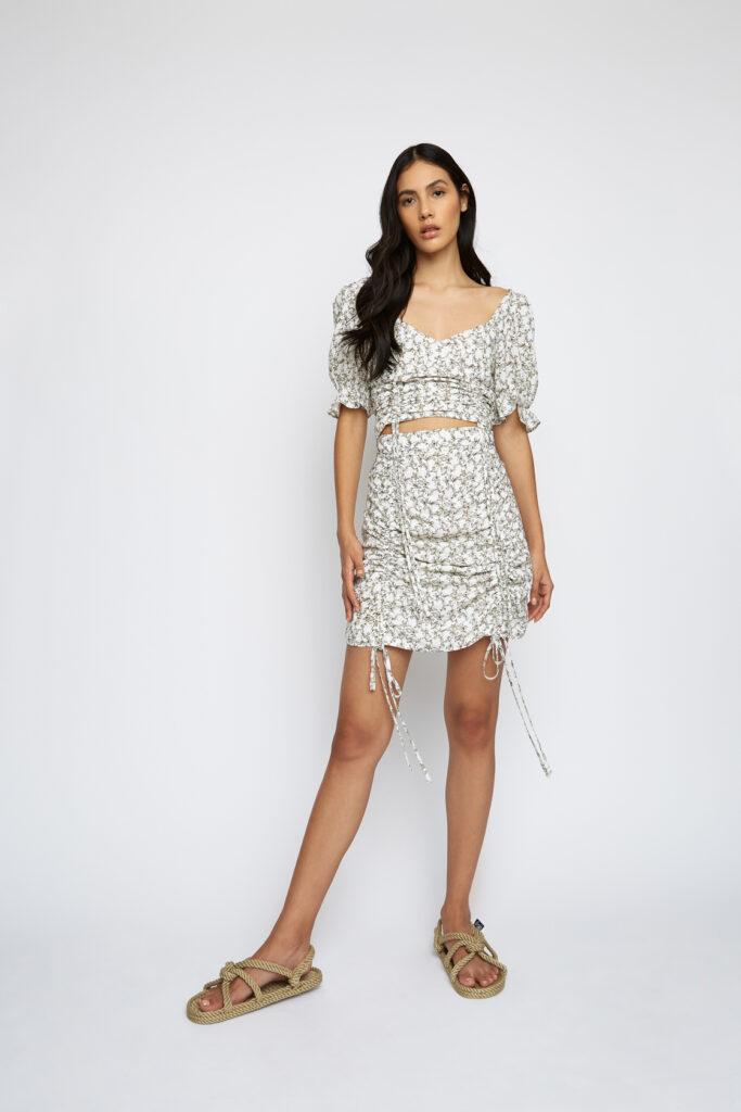 κοντό φλοράλ μπλουζάκι κοντή φλοράλ ελαστική φούστα